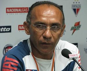 Ex-jogador Mirandinha jogou no juvenil em 77 e iniciou a carreira como técnico também no Ferroviário. Foto: Tribuna do Ceará