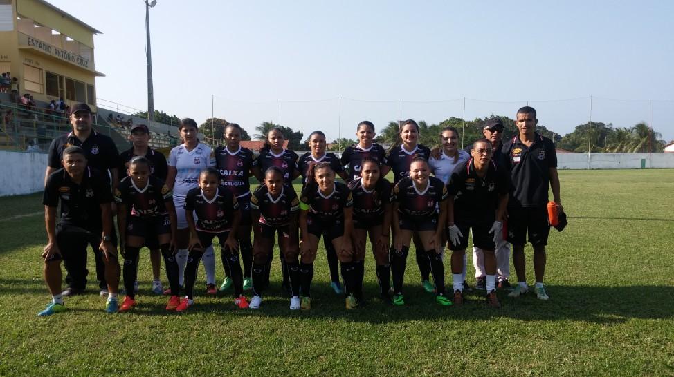 Time disputa paralelamente o Campeonato Cearense, onde busca o sexto título da competição. Foto: Caucaia EC/Divulgação