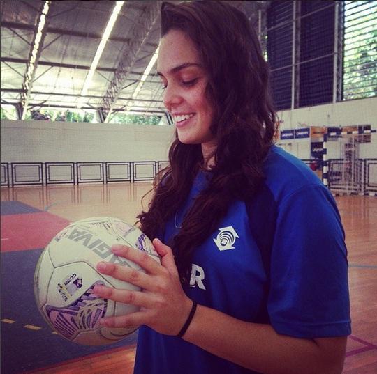 Missiara Luiza diz que lida naturalmente com os fãs que admiram sua beleza. Foto: Arquivo Pessoal