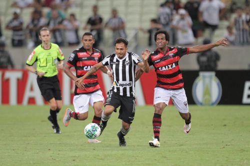 O gol do Dragão foi marcado pelo meia Luiz Fernando aos 37 minutos do segundo tempo. Tatiana Fortes/O POVO