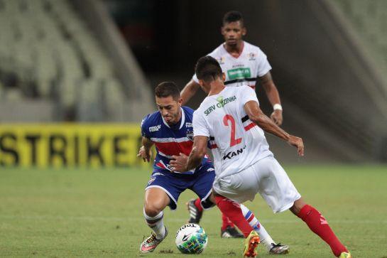 O gol do Leão foi marcado pelo meia Jean Mota aos 14 minutos do segundo tempo. Foto: Tatiana Fortes/O POVO