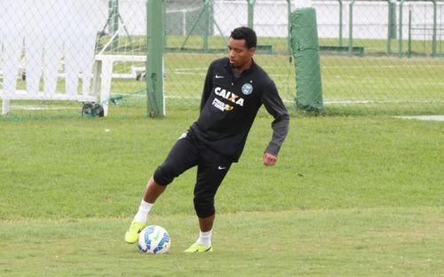 O jogador é o vigésimo reforço do clube no ano. O atleta atuou em clubes como Corinthians, Atlético (MG), Internacional e Coritiba. Foto: Coritiba/Divulgação