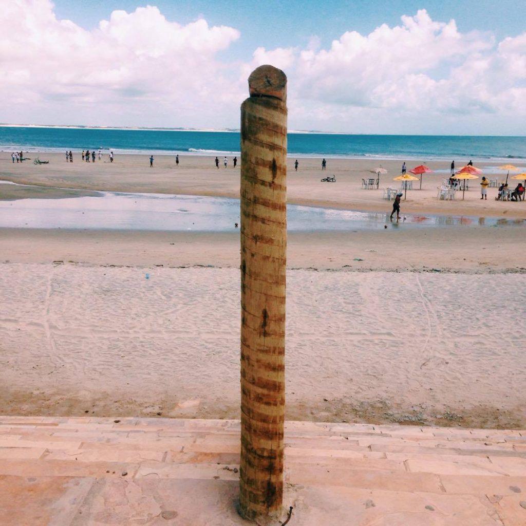 Praia da Pedra Rachada ou Praia do Farol. (FOTO: Rosana Romão)