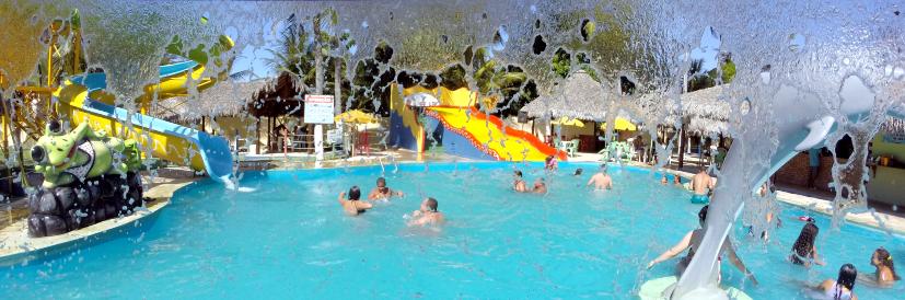 A grande atração do Hotel Dunas é o parque aquático. (FOTO: divulgação)