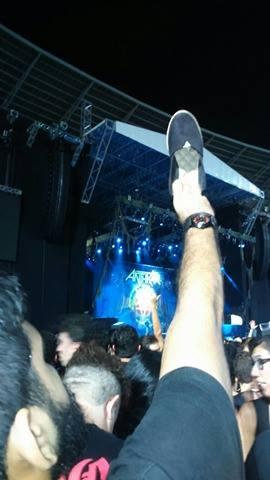Jovem fez campanha na internet em busca da dona da sapatilha (FOTO: Reprodução)