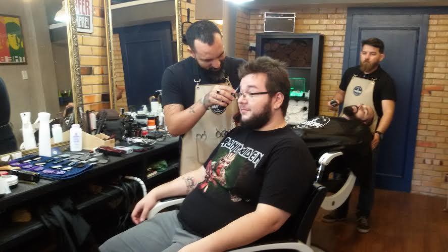 Usa blusa da banda favorita e ganha cerveja (FOTO: Divulgação)