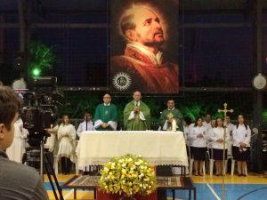 2. celebração de domingo com Dom José Aparecido Tosi, Padre Eugênio Pacelli e padre ´pedro rubens