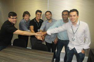Diretor do Grupo Portfolio, Cassio Germano, com novos funcionários