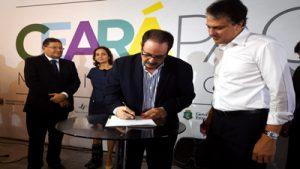 Assinatura da parceria SENAI SEJUS para qualificacao profissional de egressos