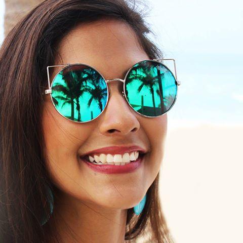1db61fa964402 Programação especial e sorteio de R  6 mil em produtos agitam lojas da  Ferrovia Eyewear no Dia Internacional da Mulher