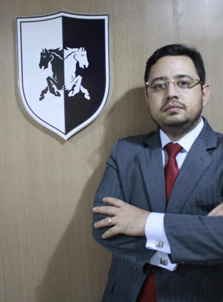 3f6d713e808c6 Ricardo Valente Filho está entre os advogados mais admirados de 2017 e  recebe homenagem dia 6 de fevereiro