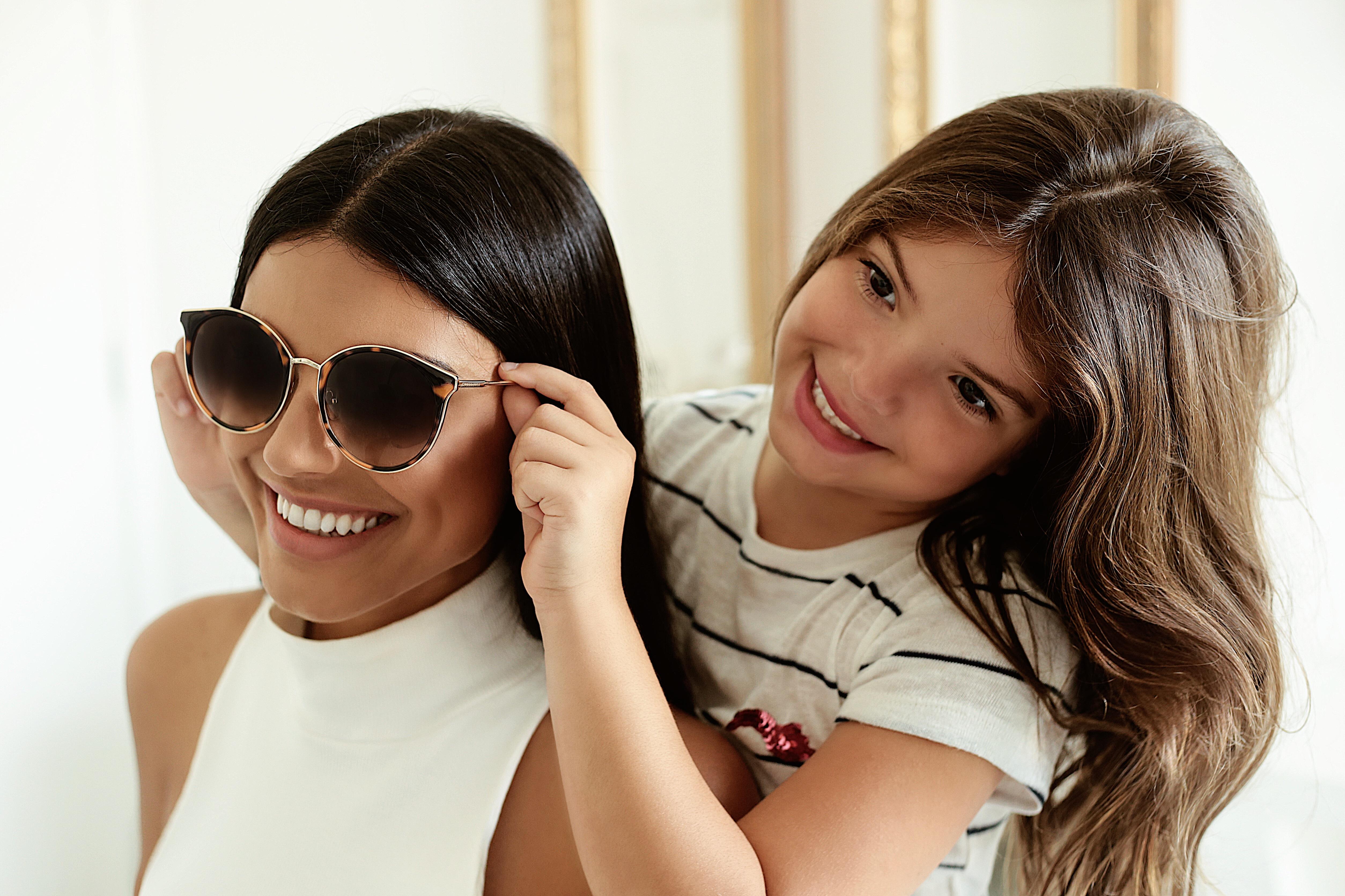 Ferrovia Eyewear está com modelos incríveis e super promoção para o Dia das  Mães 0816ef0846