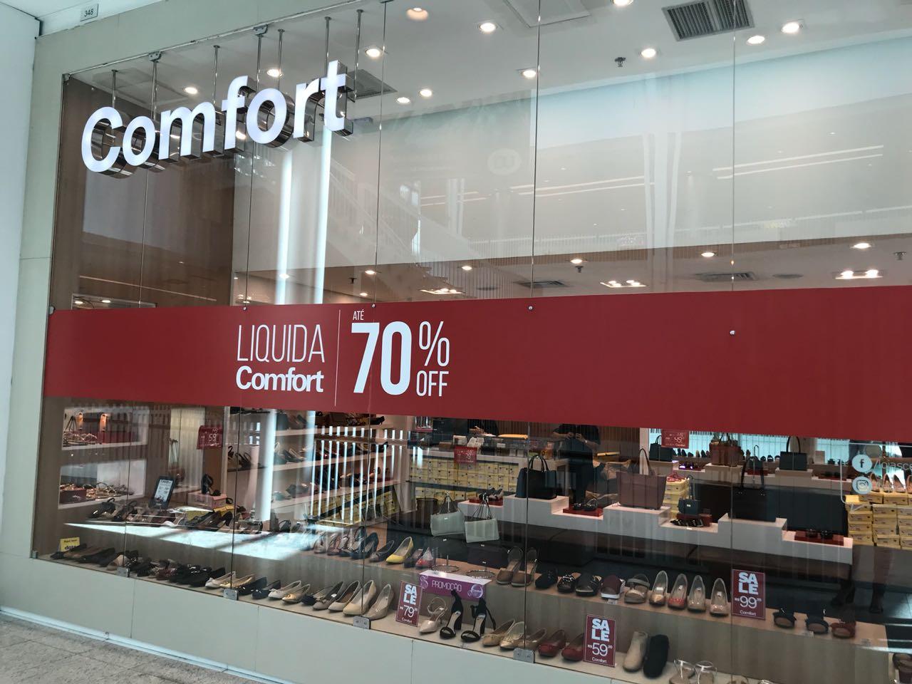 """b81983dae66 Diversas lojas de diferentes segmentos estão em promoção no Shopping  Parangaba. A campanha """"Liquida Geral"""" segue até o dia 31 de julho"""