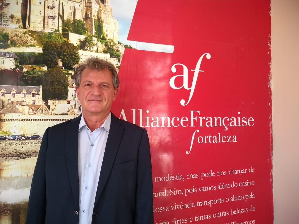 Marc Ellul – direction.af.fortaleza gmail.com – francês residente na  capital cearense 901840454718f