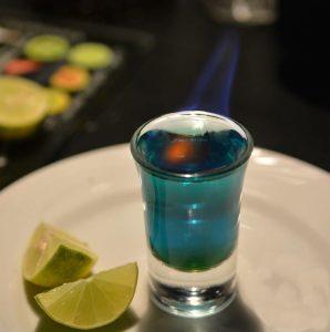 O Bolacha Mágica tem drinks e shots