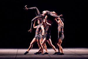 Cerca de mil bailarinos disputam em diversas categorias. (Foto: Raphoto)