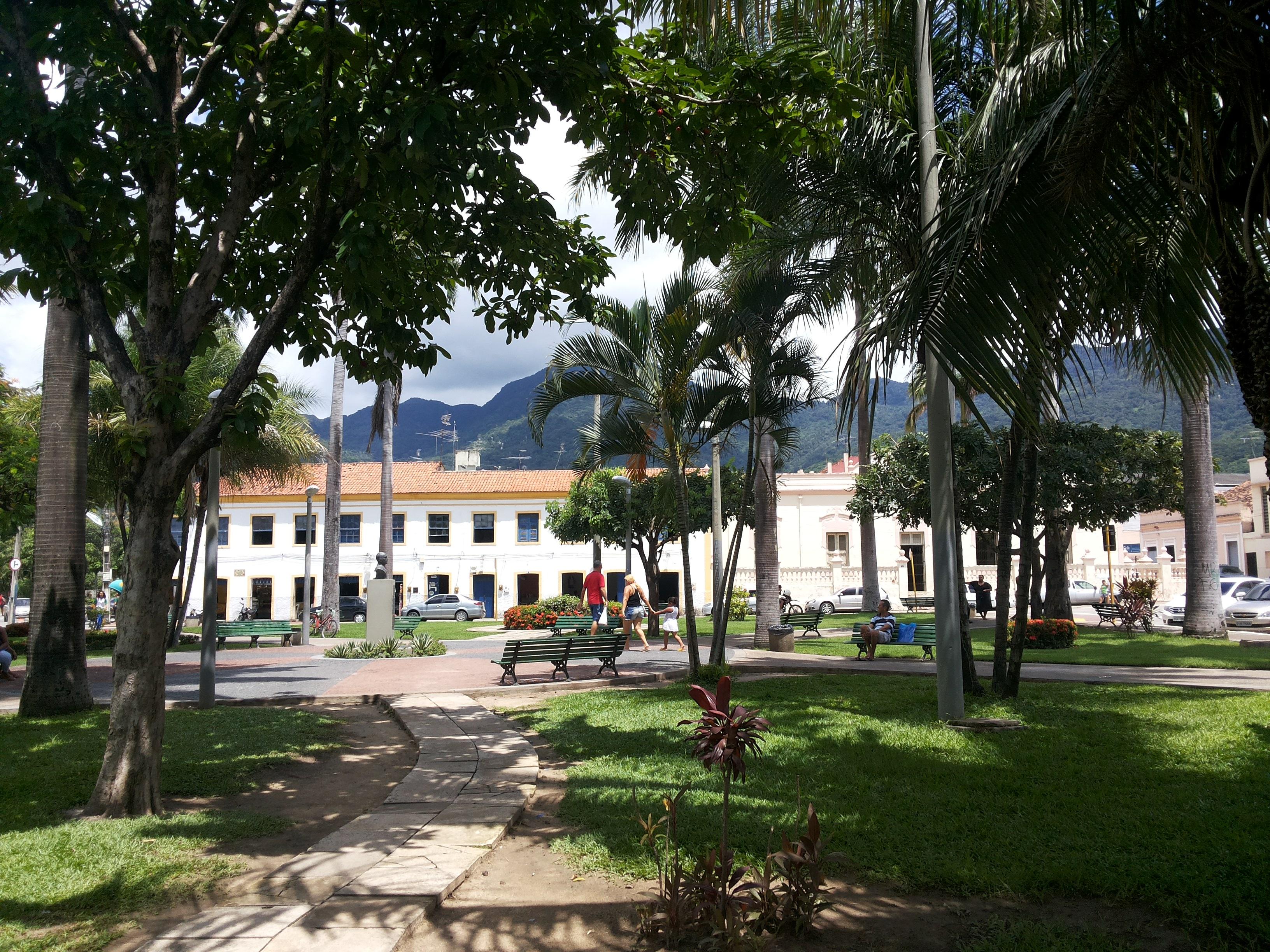 Praça Francisco Colares Filho, a Praça da Matriz. Foto Dadynha Saturnino