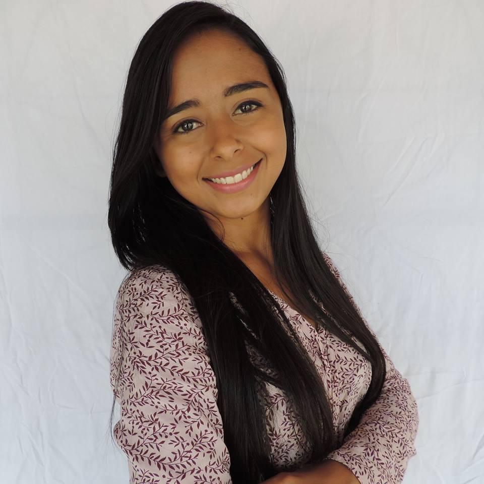 Alana Lima. Reprodução facebook