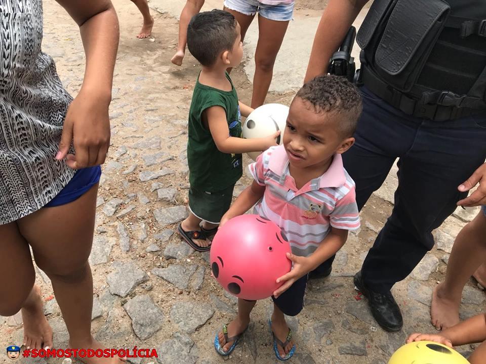 PM Maranguape realiza ação de cidadania para crianças. Divulgação