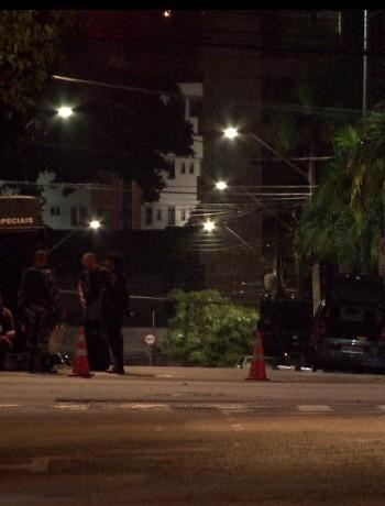 Polícia interdita ruas em Fortaleza após ameaça de bomba próximo à Assembleia Legislativa
