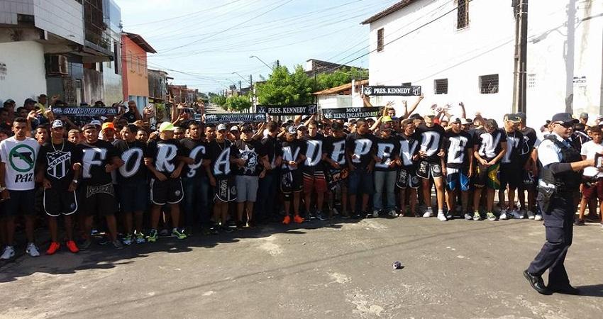 A Mofi é uma das principais torcidas organizadas do Ceará (FOTO: Reprodução Facebook)