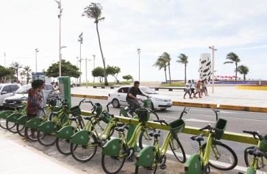 Projeto já disponibiliza 74 estações (FOTO: Reprodução/Prefeitura de Fortaleza – Thiago Gaspar)