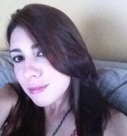 Universitária morreu no domingo por suspeita de overdose (FOTO: Reprodução/Facebook)