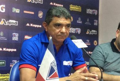 Flávio Araújo comanda a equipe do tricolor (FOTO: Divulgação/Fortaleza EC NET)