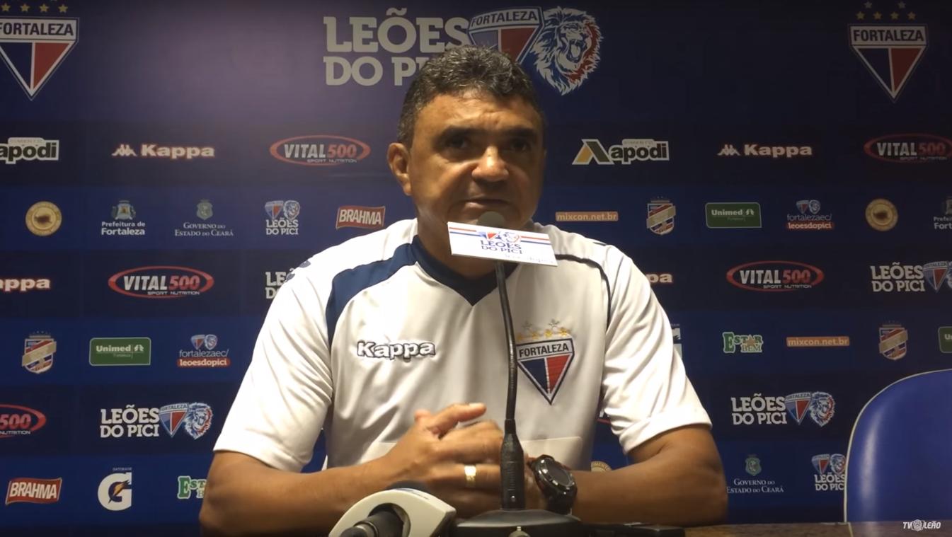 Flávio Araújo teve a terceira derrota à frente do Leão (Foto: Divulgação/Fortaex)