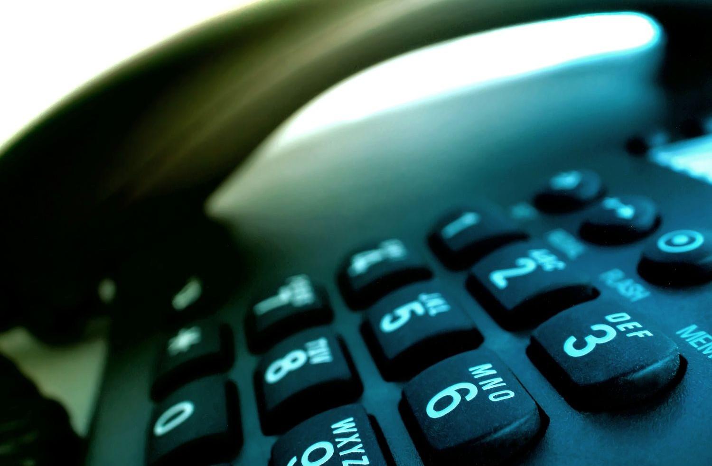 O número de telefones fixos caiu em 1 ano (FOTO: Divulgação)