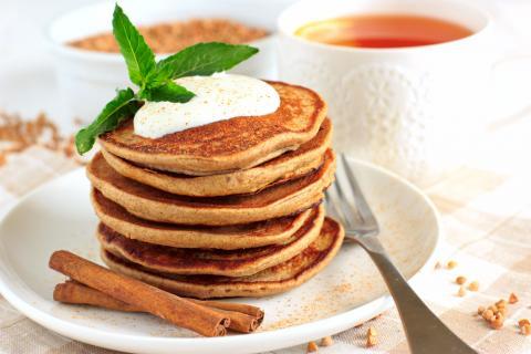 Cinnamon Bun Pancakes Recipe