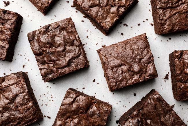 Delicous Fudge Brownie Squares