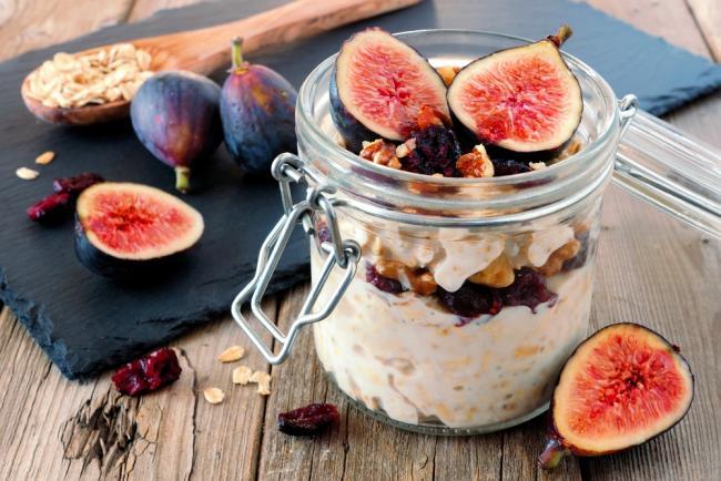 Chocolate Fig Overnight Oats recipe