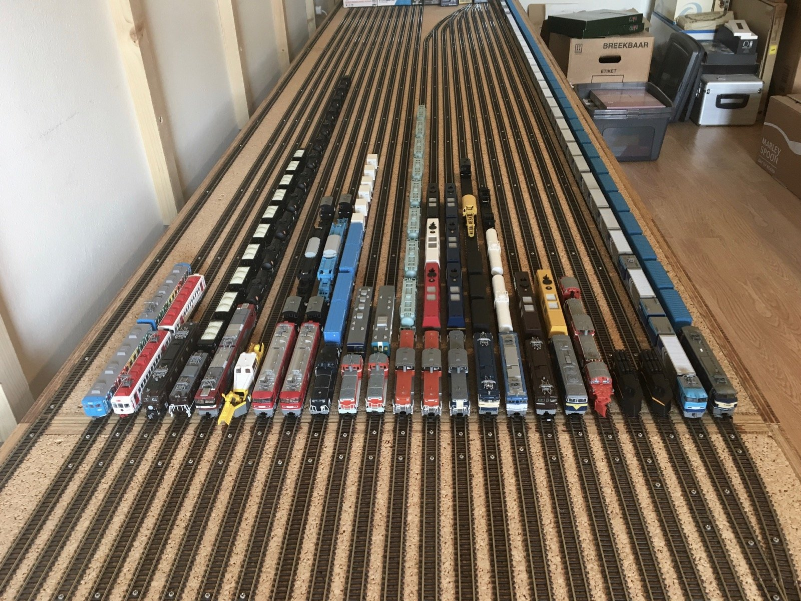 large.japanese_n-scale_trains_collection