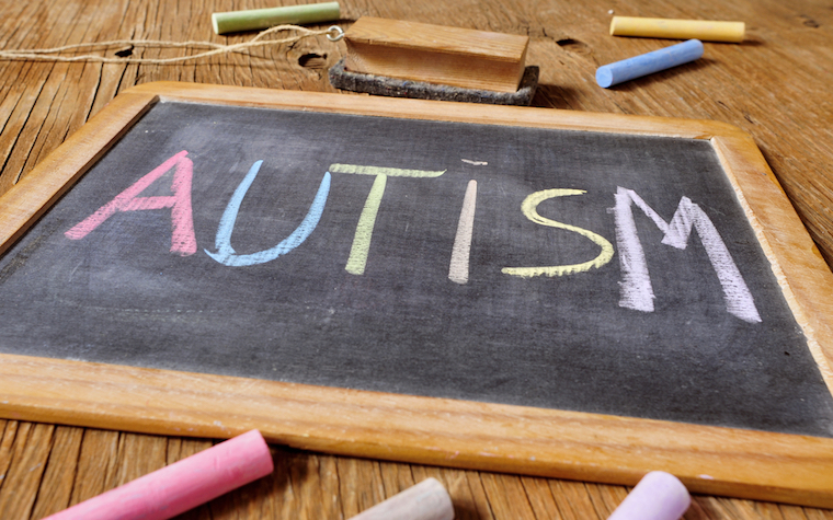 Autism Speaks emphasizes importance of early intervention for autism management.