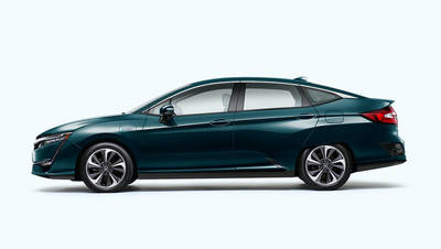 The 2018 Clarity features a 1.5-liter, 4-cylinder engine that generates up to 103 horsepower.