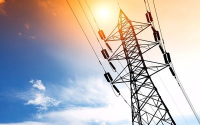 Saudi Electricity Company (SEC) said   a $900 million loan agreement with the Export-Import Bank of Korea (KEXIM) and other international banks  will finance the construction of the new   Shuqaiq power plant.