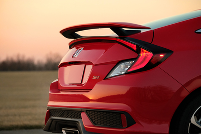 The 2018 Honda Civic Hatchback features a sporty design.