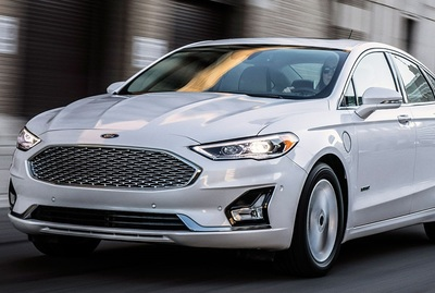 Drivers can operate the Ford Fusion more confidently using an available Adaptive Cruise Control.