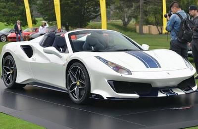 Ferrari fans will surely love the 488 Pista Spider.