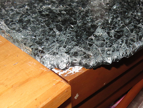 Shattered Glass countertop.