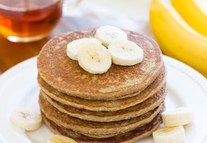pancake with bananas