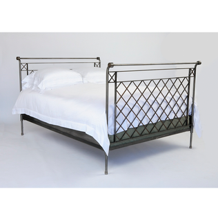Jasper Furniture Louis Bed - Twin