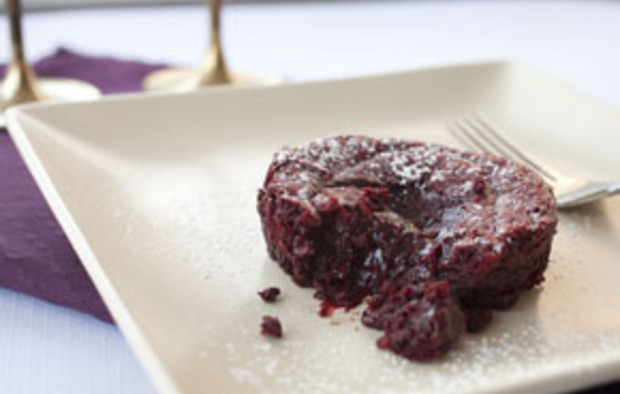 Red Velvet Lava Cake Recipe