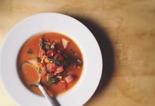 Muir Glen Garlicky Kale and Fennel Vegetarian Minestrone Recipe