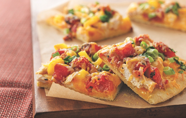 Muir Glen Mexican Chicken Pizza with Cornmeal Crust