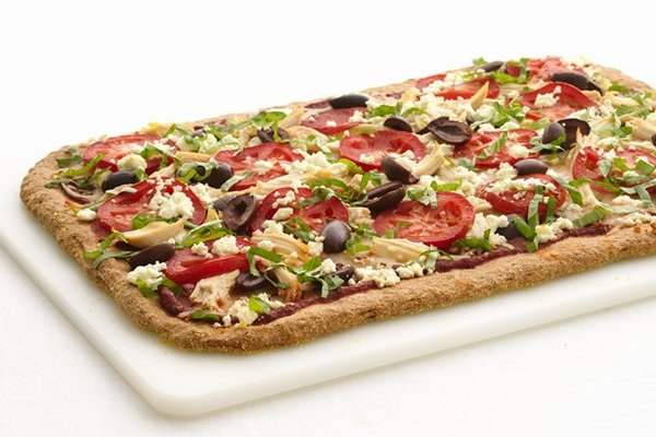 Healthified_greek_chicken_pizza