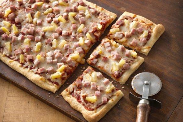 Hawaiian_pizza_muir_glen