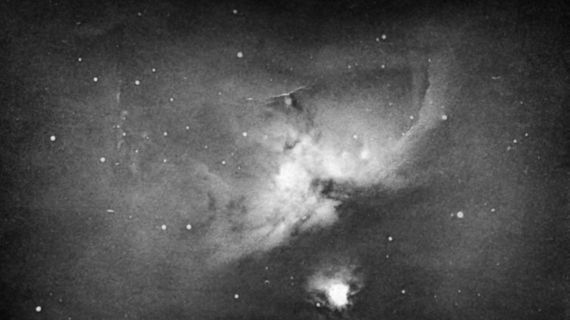 By Andrew Ainslie Common (1841-1903) - Andrew Ainslie Common (1841-1903) - This scan is from p. 29 of The Colour of the Stars by Malin and Murdin (1984, Cambridge University Press), Public Domain, https://commons.wikimedia.org/w/index.php?curid=4664068
