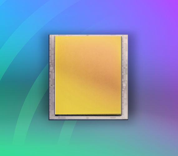 1280x1024 12um pitch InGaAs SWIR array